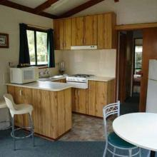 Ensuite Jayco Cabins - Kitchen & Dining