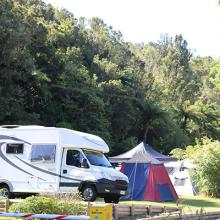 Rotorua's Blue Lake TOP 10 - Powered Campsites
