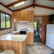 Ensuite Jayco Cabins - Kitchen