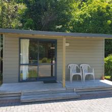 Rotorua's Blue Lake TOP 10 - Kitchen Cabins
