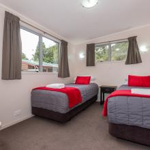 Tikitapu Motel - Two Single Beds