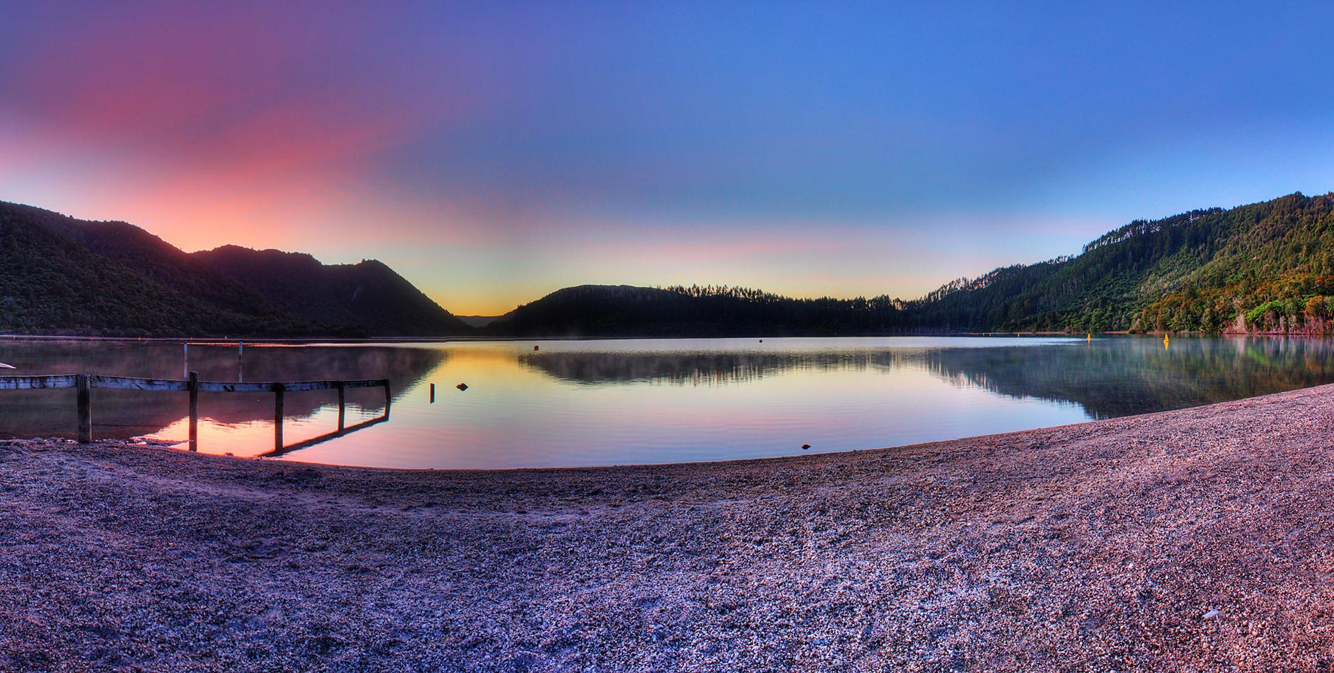 Sunset Over Rotorua's Blue Lake TOP 10 Holiday Park