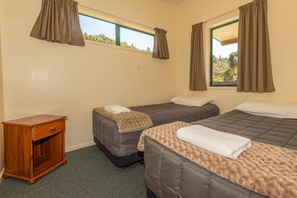 Rotorua's Blue Lake TOP 10 - Motel Units Bedroom